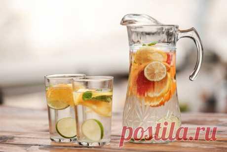 Что пить, чтобы похудеть? Эффективные напитки для сжигания жира Самые эффективные напитки для похудения. Простые рецепты приготовления напитков для похудения в домашних условиях. Чай, вода, кофе и другие жидкие жиросжигатели