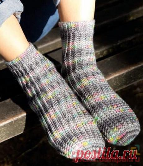 Простые носки со швом «Any»   ВЯЗАНЫЕ НОСКИ