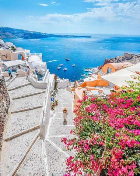 ღ  Санторини, Греция