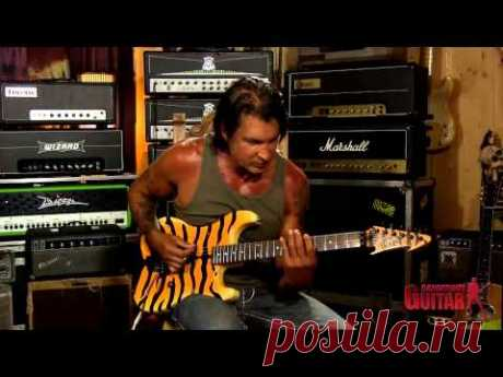 George Lynch -  Creating riffs and licks using shapes from the Blues Scale