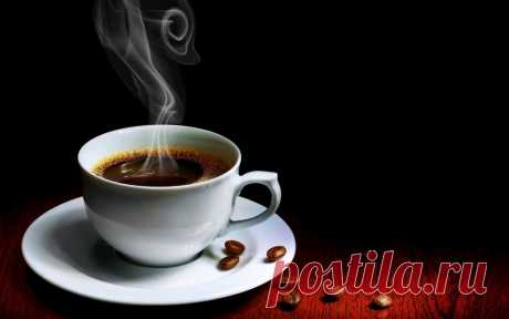 Як зварити ідеальну каву Ось кілька порад для того, щоб ваша кава була по-справжньому смачною та ароматною  1. Для приготування смачного напою рекомендується використовувати виключно чисту воду. Природно, не можна набирати її з-під крана. В такому випадку ні про яку ароматному каву не може бути й мови.  2. Якщо приготув