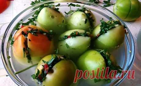 Зеленые помидоры по грузински, фаршированные зеленью и чесноком — Кулинарная книга - рецепты с фото