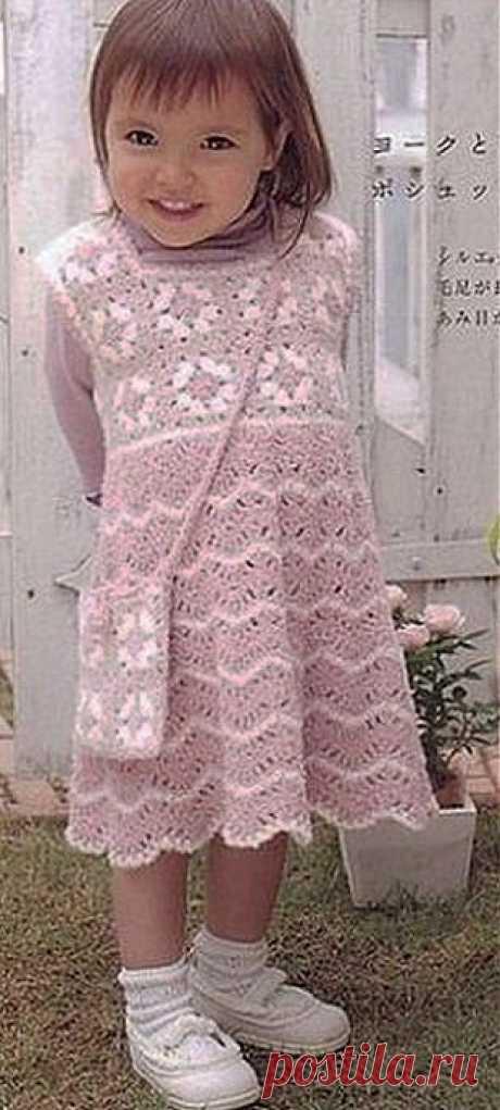 Платье-сарафан для девочки крючком.