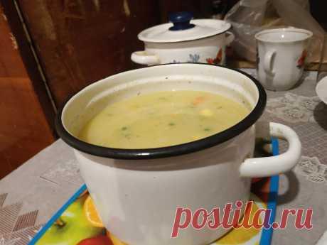 Диетический сырный суп с овощами, рецепт с фото Диетический сырный суп с овощами, рецепт. овощи замороженные 200 г, сыр плавленый 100 г, яйца 1-2 шт...