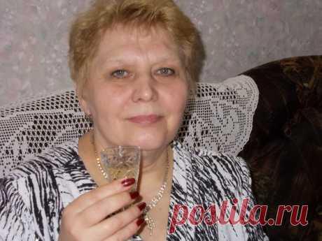 Нина Лазарева