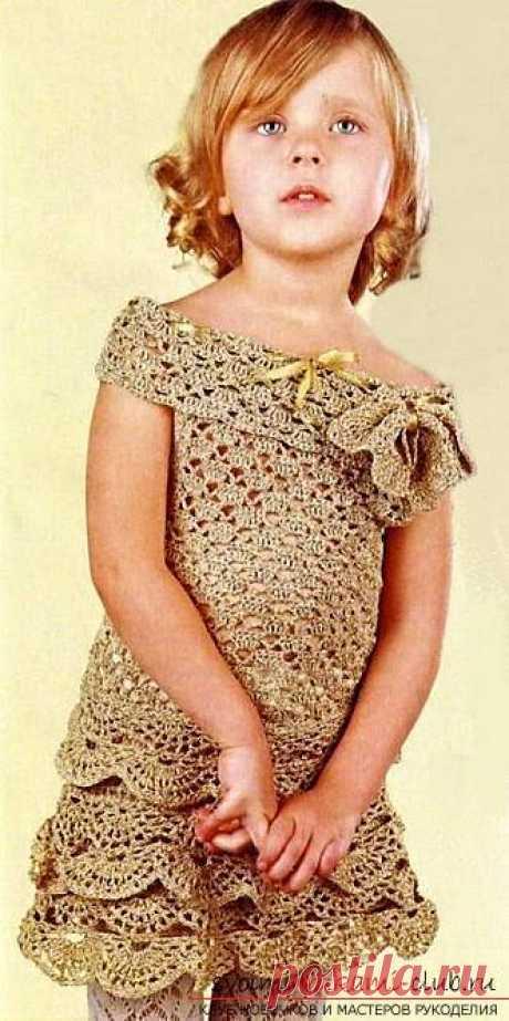Как связать красивое платье для маленьких девочек своими руками крючком, схемы, описание, фото.