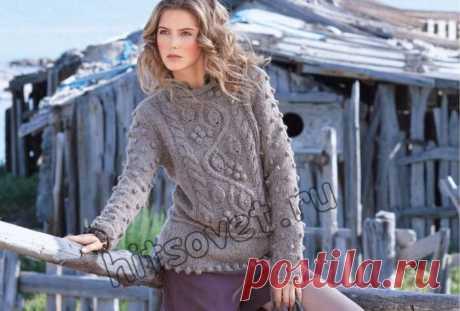 Пуловер с листьями и шишечками - Хитсовет Пуловер с листьями и шишечками. Модная модель женского пуловера с листьями и шишечками с бесплатным описанием и схемой вязания. Вам потребуется: 400 (450, 500, 550) грамм розово-серой меланжевой пряжи, состоящей из 100% мериносовой шерсти; длиной нити 100 метров в 50 граммах; спицы № 5; круговые спицы № 5 длиной 40 см, крючок № 9.