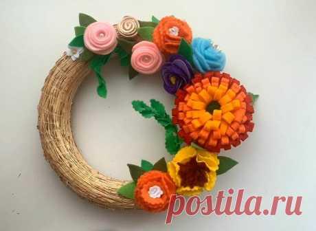 Весенний венок с цветами из фетра. Собираем вместе цветы, которые научились создавать. | ИЗ ФЕТРА | Яндекс Дзен
