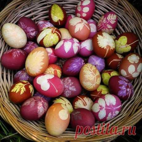 Original coloring of Easter eggs \/ Needlework