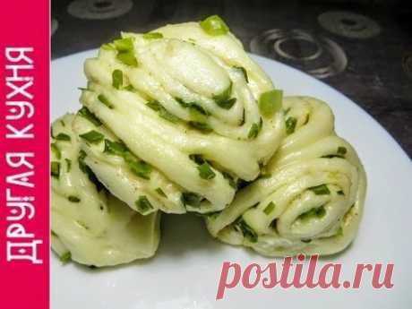 Постные и вкусные блюда. Китайские паровые булочки с зеленым луком.
