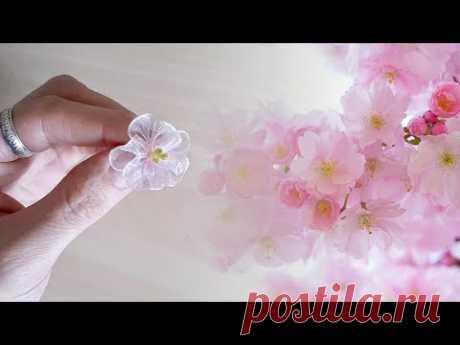 Цветы сакуры из узкой ленты
