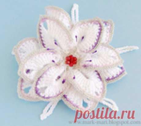 Невероятно красивый вязаный цветок - описание в фото