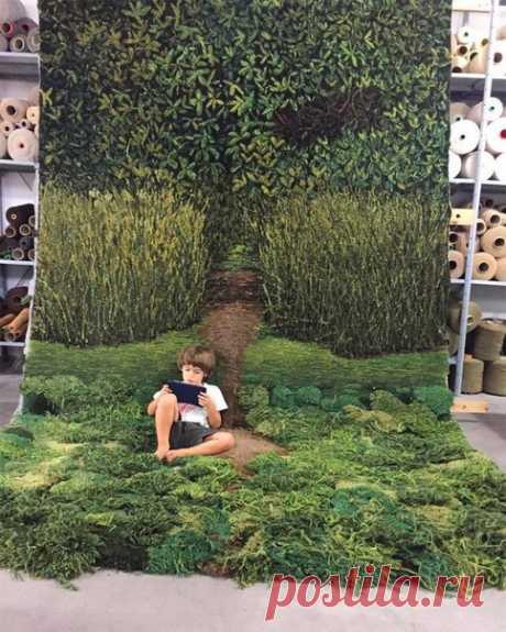 Аргентинская художница Alexandra Kehayoglou вручную сплела эти удивительные ковры