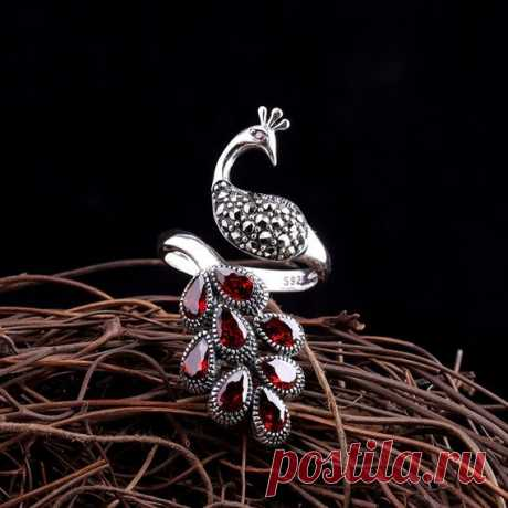 Natural Red Garnet Ring / 925 Sterling Silver Peacock Open Ring / Gem Cut Silver Ring / Birthday Gift / Christmas Gift Product Details:  Material: 925 silver, chalcedony  Color: red, black  Shape: ellipse  Size: Ring length: 3.85cm  Weight: 7.9 grams  Translucent: translucent  Symbol: Good luck to you
