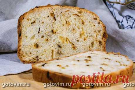 Луковый хлеб (в хлебопечке). Рецепт с фото По этому рецепту можно приготовить ароматный луковый хлеб. Перед тем, как добавить в тесто лук, его надо обжарить до золотисто-коричневого цвета, затем остудить и после этого примешать к тесту. Можно положить  жареный лук в самом начале - в муку