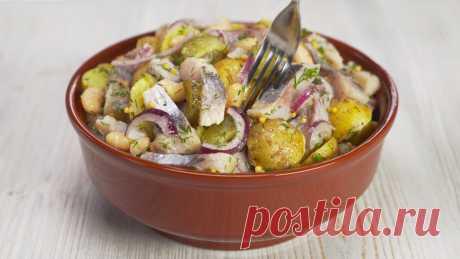 5 вкусных салатов из селедки