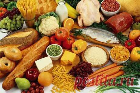 10 продуктов, которые нужно есть ежедневно Специалисты составили список из 10 категорий продуктов, которые нужно есть ежедневно