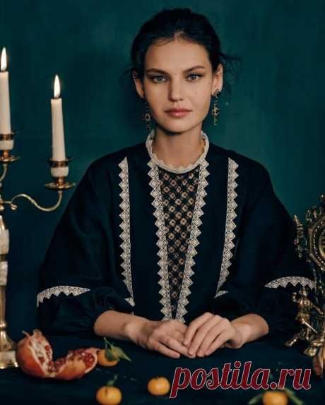 Ажурная красота от Александры Георгиевой: 8 моих любимых нарядов с вышивкой «крестецкая строчка» | MIAZAR | Яндекс Дзен