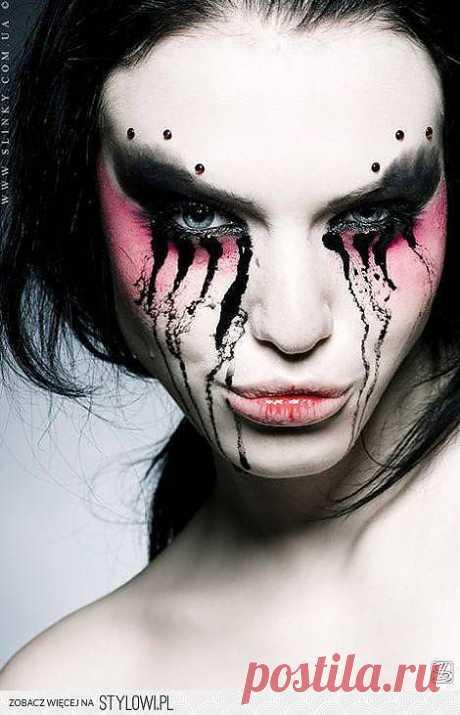 Вариант макияжа на хеллоуин