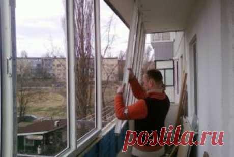 Вот почему люди массово снимают пластиковые окна История пластиковых окон началась в 1952 году, когда известный дизайнер Хайнц Паше запатентовал первые оконные рамы из поливинилхлорида. Изобретатель сконструировал новый тип пластикового окна, правда…