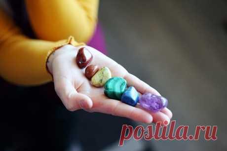 Какие натуральные камни помогут обрести любовь? | MistyMag 💎Среди драгоценных камней есть те, что обладают особой магией, способной привлечь к себе любовь или наладить отношения между людьми . Любовная магия камней.