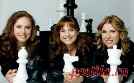 Как сумели 3 сестры, которые не ходили в школу, стать умнейшими женщинами в мире
