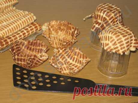 Хрустящие вафли: трубочки и корзиночки
