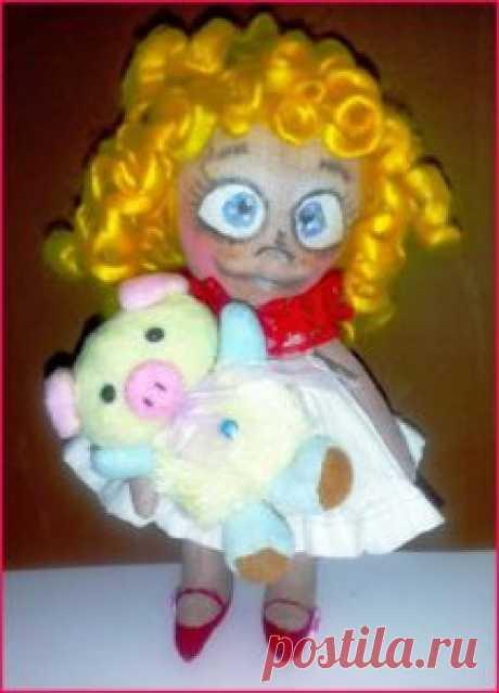 Текстильная кукла фото - задорная Алька