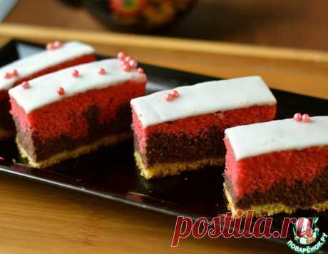 Трехцветный пирог к празднику – кулинарный рецепт