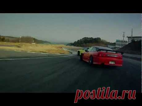 2 drifters, One track, That tandem drift!