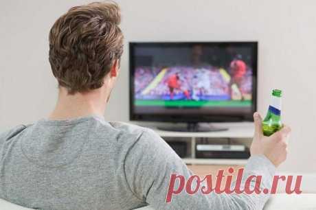 ТОП-4 Способа: как смотреть онлайн ТВ бесплатно 2019 Люди все время куда-то спешат, высокий ритм жизни лишает человека размеренного отдыха. Уже минимизируется возможность спокойного отдыха, мы постоянно куда-то спешим, гонимся за недостижимым — за време...