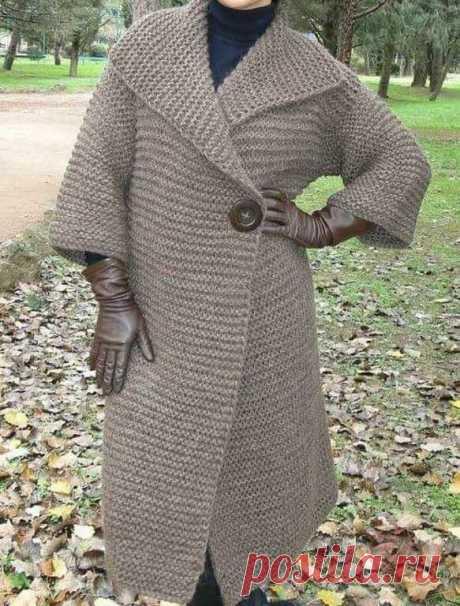 Пальто платочной вязкой. Спицами. / knittingideas.ru