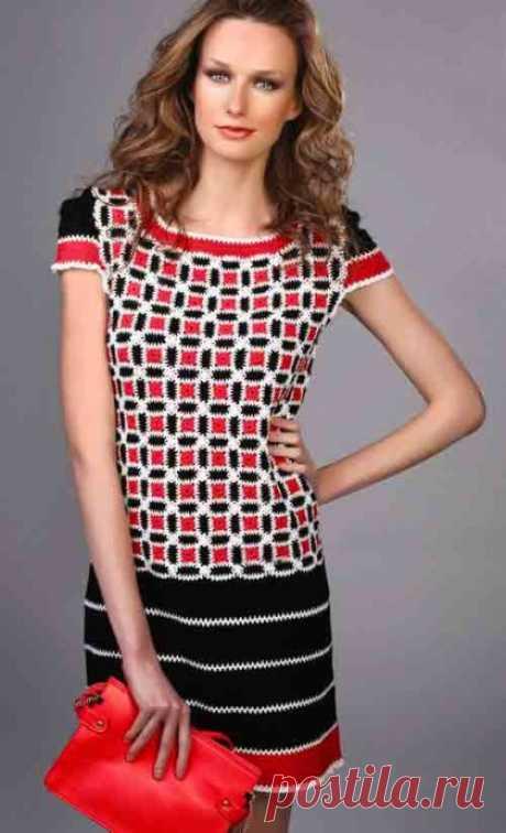 Стильное трехцветное платье из категории Интересные идеи – Вязаные идеи, идеи для вязания