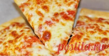 Тесто для пиццы как в пиццерии за 10 минут Если правильно приготовить тесто, то пицца будет вкусной с любым наполнением. Приготовим вкусное тесто для пиццы как в пиццериях Италии?