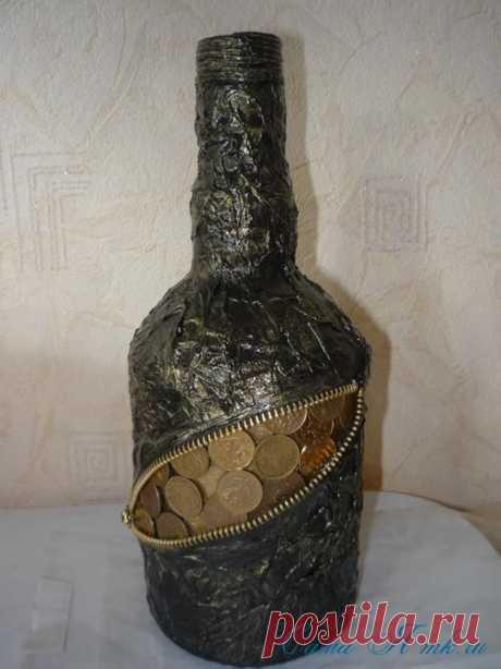 Бутылочка с монетками