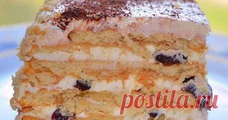 ТОРТ БЕЗ ВЫПЕЧКИ ИЗ ПЕЧЕНЬЯ С ТВОРОГОМ И ЧЕРНОСЛИВОМ Чтобы полакомиться вкусным десертом и удивить своих близких, не нужно быть суперкрутым кулинаром, месить полвечера тесто и бегать к духовке каждые 5 минут. Выбрав рецепт этого торта без выпечки, вы можете с легкостью сделать его, а затем расслабиться, выпив чашечку чая, пока он будет пропитываться