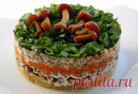 Изумительный постный слоеный салат: съедается быстрее, чем готовится - Счастливый формат
