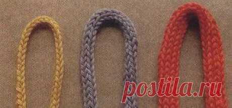 Как научиться вязать спицами шнур i-cord - Все о вязании В статье будем учиться вязать спицами шнур i-cord. Полый шнур i-cord вяжется спицами. В статье описание, видео где применять и как его связать.