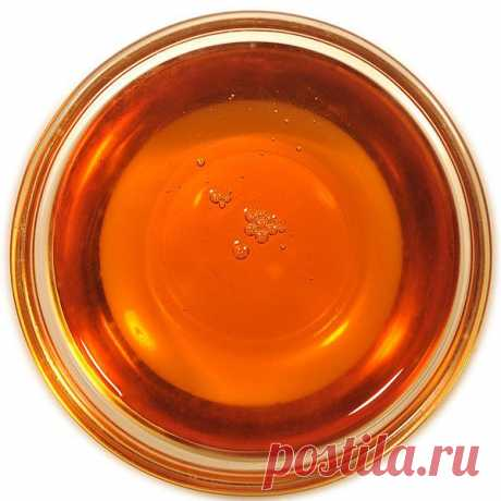 De 40 l del jugo de arce resulta 1 l del jarabe o el azúcar suave de arce. El jugo de abedul no es costumbre evaporar, pero el principio de la extracción del jugo dulce mismo.