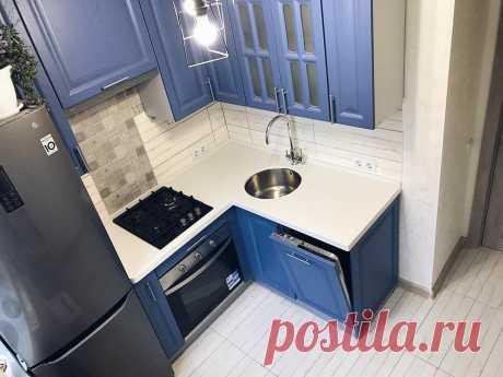 Кухня 5.8 кв.м. с холодильником и посудомойкой