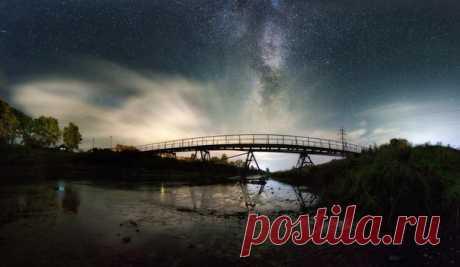 Мост через реку Белая Холуница, Кировская область. Автор фото: Михаил Устюжанин. Добрых снов.
