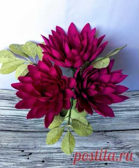 Чудесные цветы из гофрированной бумаги