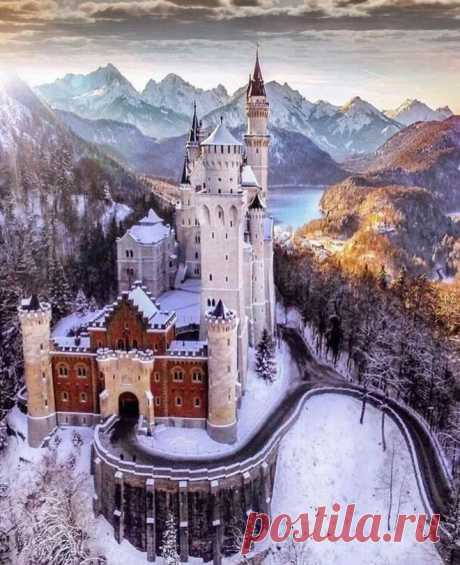 Neuschwanstein Castle, Germany Photo by Senna Relax - file.army в Яндекс.Коллекциях