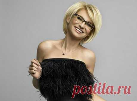 Statements about fashion from Evelina Hromchenko.