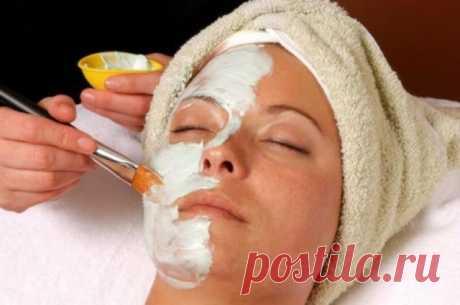 Маска с эффектом ботокса из двух ингредиентов. Необыкновенная маска с эффектом ботокса из 2 ингредиентов устранит морщины, пигментные пятна и омолодит клетки кожи! Вам стоит попробовать эту маску!