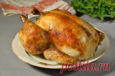 Курица, запеченная в духовке целиком с хрустящей корочкой | Будьте здоровы! | Яндекс Дзен