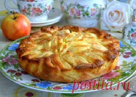 Для любителей выпечки с яблоками: Итальянский деревенский пирог — Зеленый зонтик
