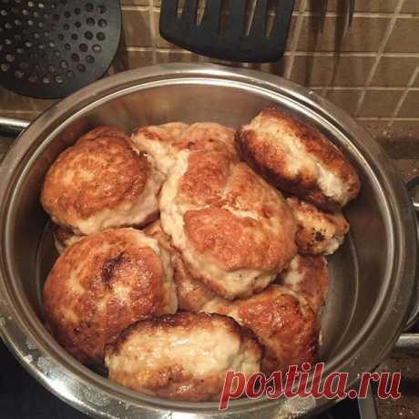 Los admiradores han estimado la sopa y las croquetas por la receta de Anzheliki Varum