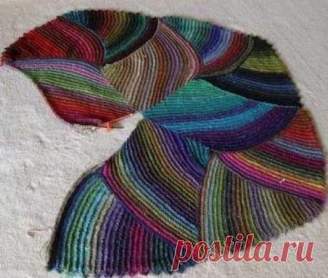 Разноцветный коврик крючком