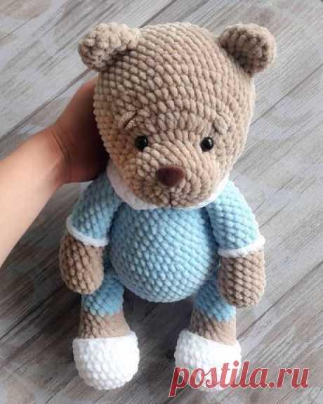 PDF Плюшевый Мишка Соня. FREE amigurumi crochet pattern. Бесплатный мастер-класс, схема и описание для вязания игрушки амигуруми крючком. Вяжем игрушки своими руками! Медведь, мишка, медведица, зефирный медвежонок, teddy bear. #амигуруми #amigurumi #amigurumidoll #amigurumipattern #freepattern #freecrochetpatterns #crochetpattern #crochetdoll #crochettutorial #patternsforcrochet #вязание #вязаниекрючком #handmadedoll #рукоделие #ручнаяработа #pattern #tutorial #häkeln #amigurumis